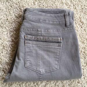 White House Black Market Jeans size 2R Blanc